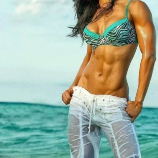 girls-with-abs-05.jpg