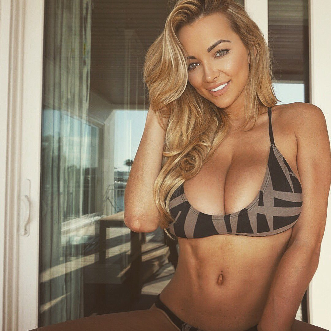 Lindsey Pelas - Sexy Southerner