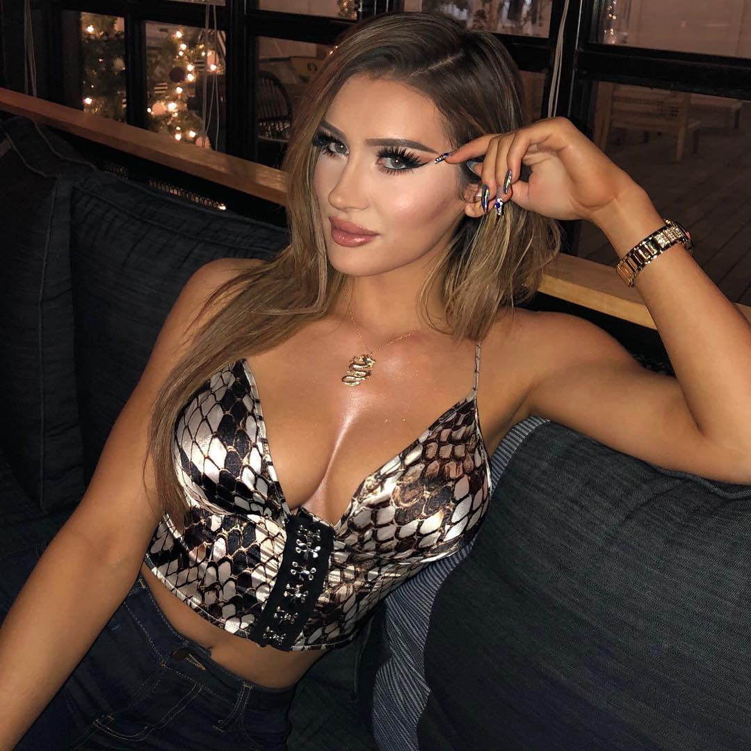 Cleavage Olivia Buckland Bowen nudes (17 photos), Tits, Fappening, Instagram, lingerie 2019