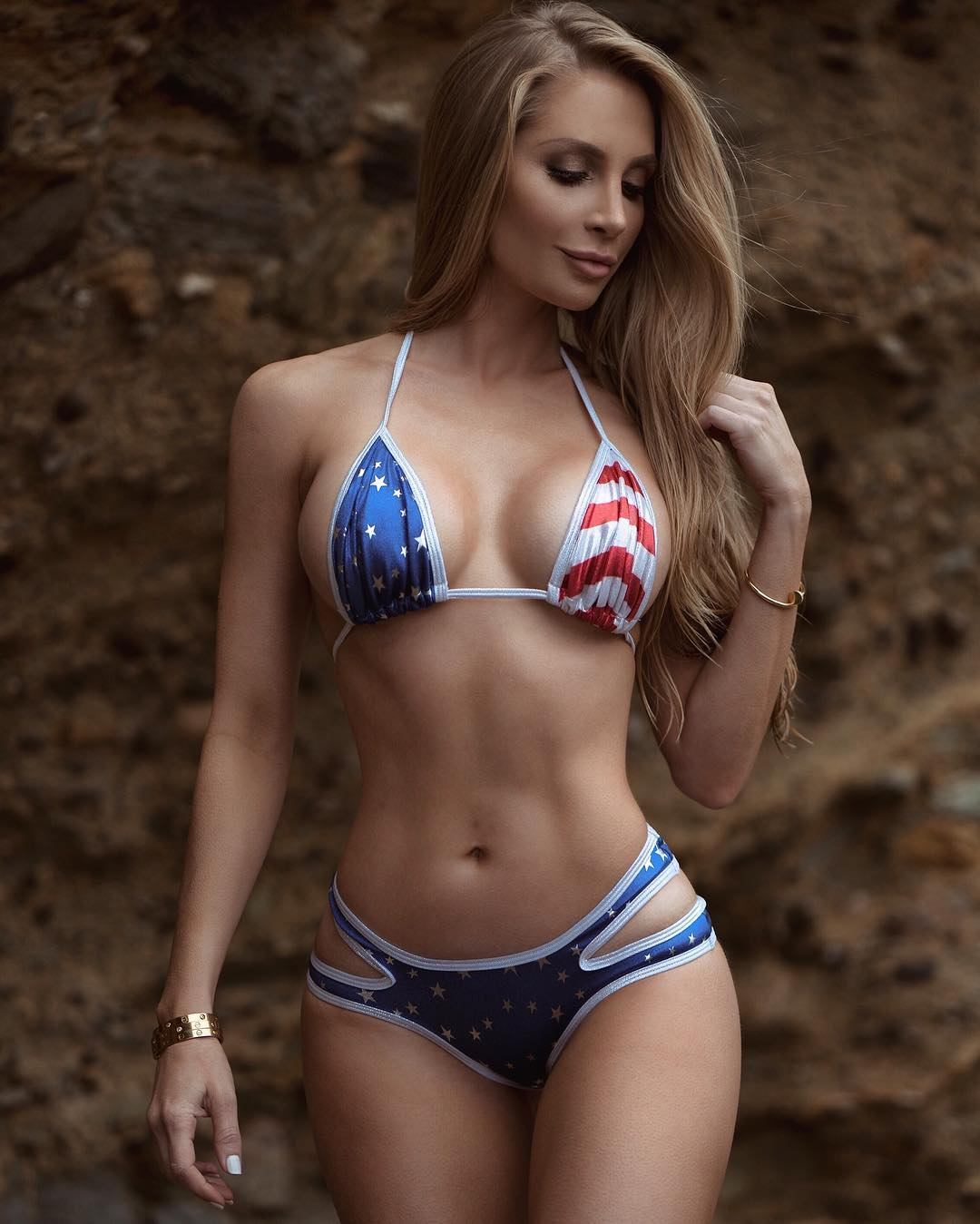 Amanda Elise Lee - Fitness Model and Instagram Star