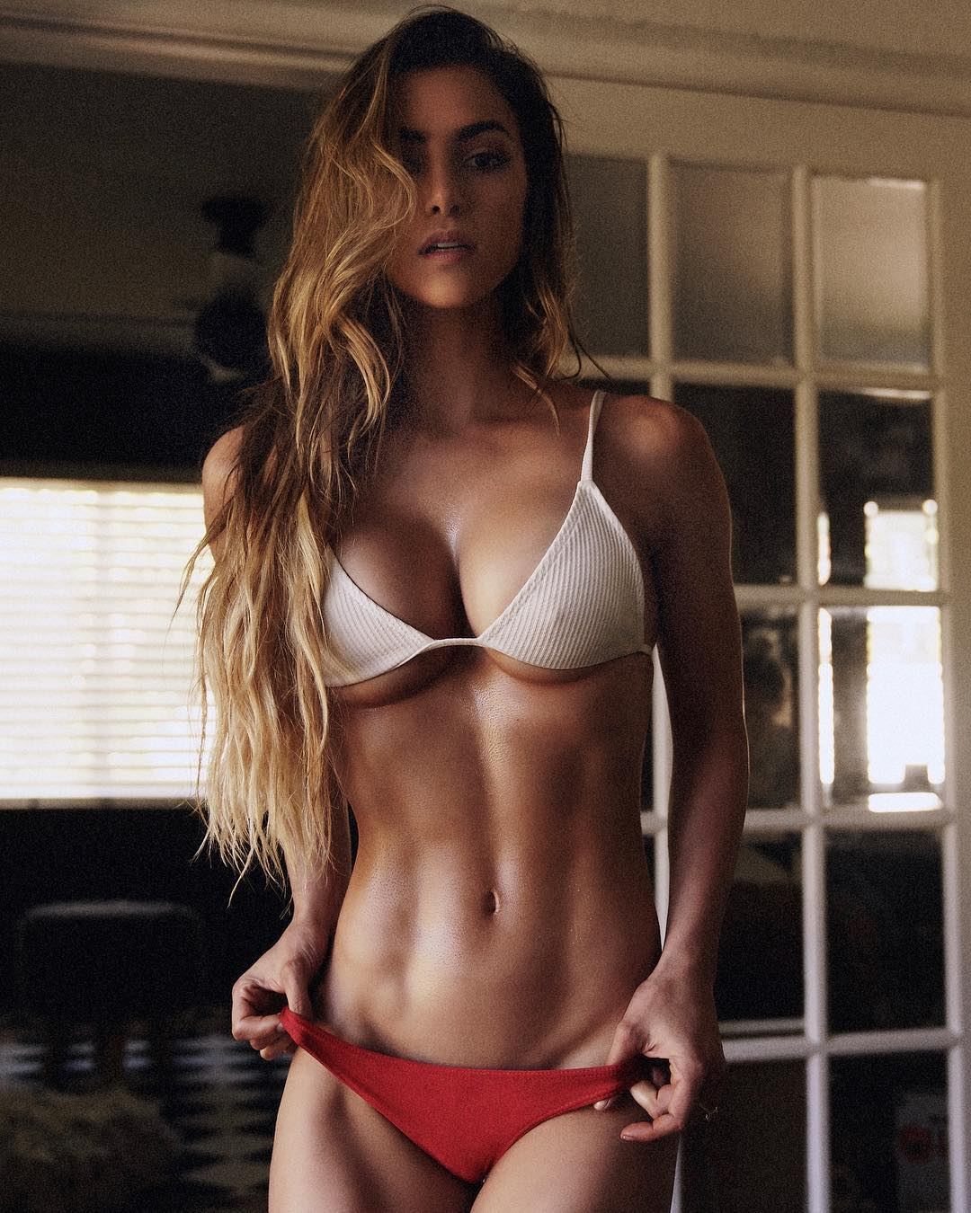 Anllela Sagra - Lovely Fitness Model from Colombia