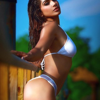 gallienne-nabila-exotic-model-05.jpg