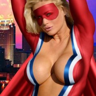 girls-dressed-as-superheros-02.jpg