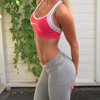 girls-with-abs-07.jpg