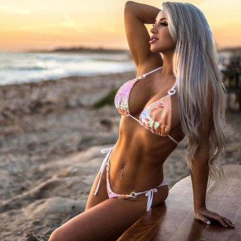 Laci Kay Somers - Beautiful Blonde Singer, Model and Actress