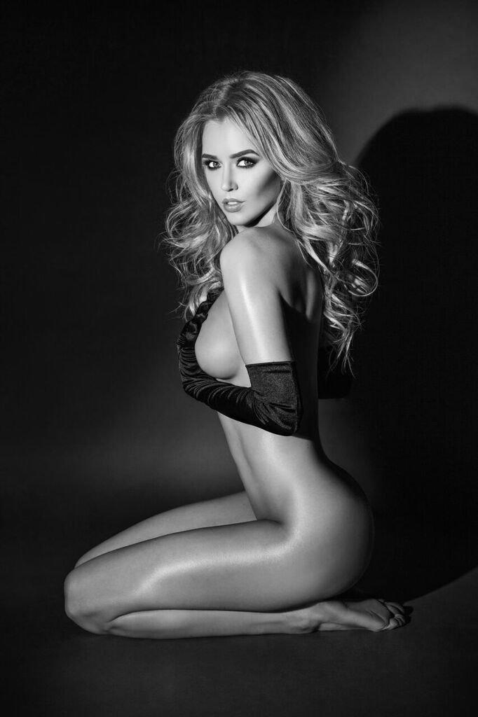 Mariah Rivera - Model and Las Vegas Dancer