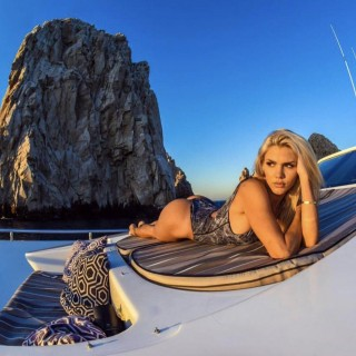 marissa-everhart-model-fishing-expert-50.jpg