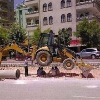 wrong-tool-construction-fails-23.jpg